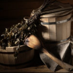Birkenquast mit Saunaeimer und Kelle